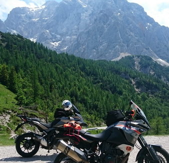 ana und toni motorradhotels info_23