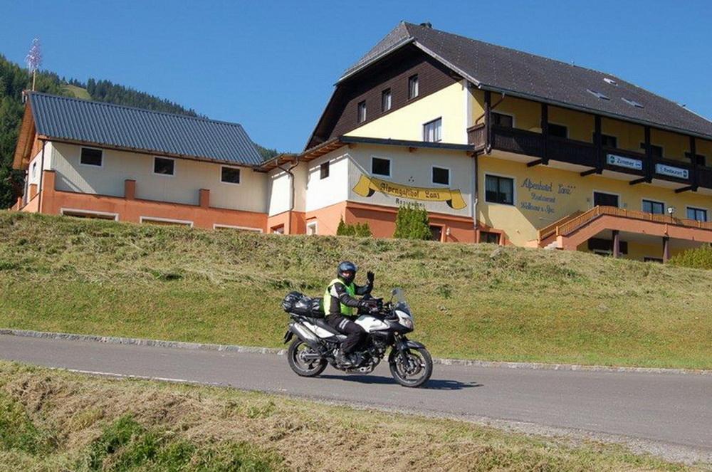 motoradhotels_info_alpenhotel_lanz_003