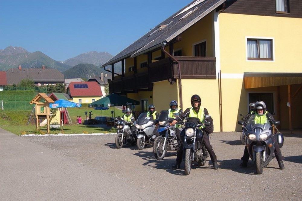 motoradhotels_info_alpenhotel_lanz_005