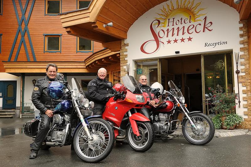 motorradhotel_sonneck_01