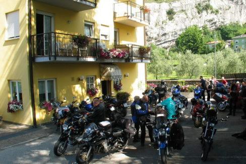 motorradhotel_toresela_am_gardasee_02