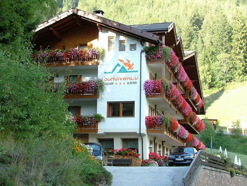 motorradhotels info hotel schoenwald_004