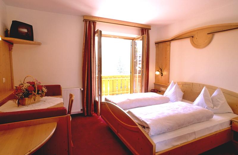 motorradhotels info hotel schoenwald_006