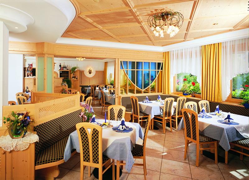 motorradhotels info hotel schoenwald_008