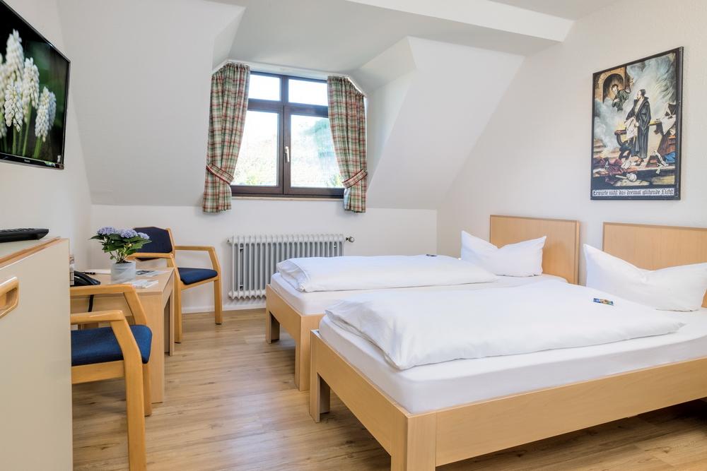 motorradhotels_info_Hotel Loewen_17