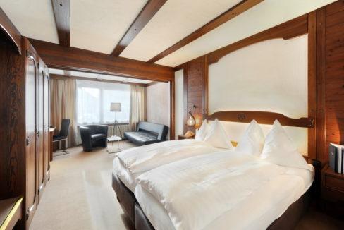 motorradhotels_info_hotel-dischma davos_12
