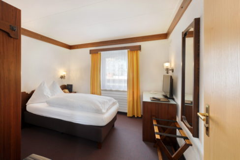 motorradhotels_info_hotel-dischma davos_13