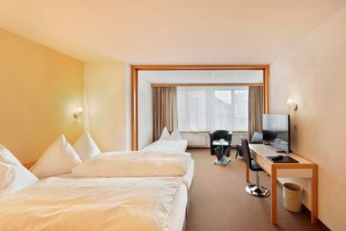 motorradhotels_info_hotel-dischma davos_14