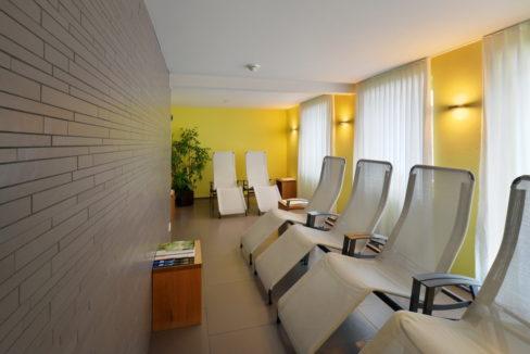motorradhotels_info_hotel-dischma davos_16