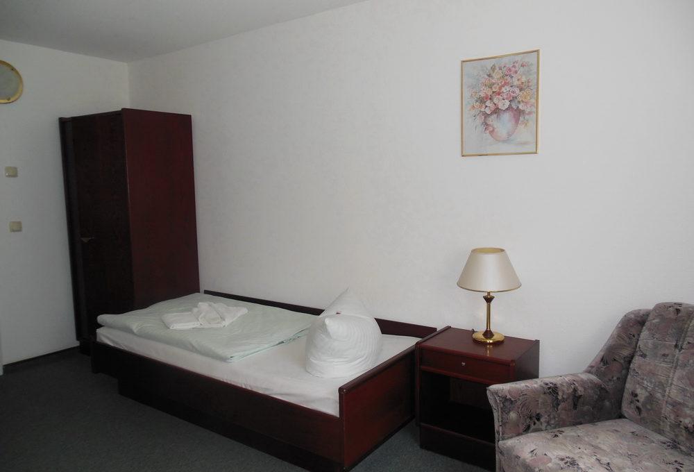 motorradhotels_info_hotel_asterra_08