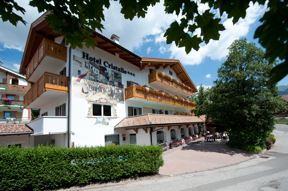 motorradhotels_info_hotel_cristallo_01