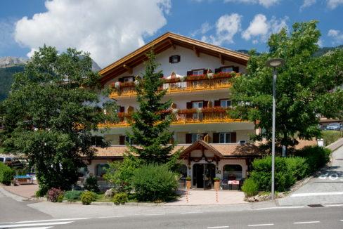 motorradhotels_info_hotel_cristallo_02