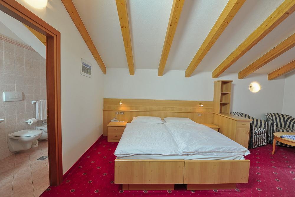 motorradhotels_info_hotel_cristallo_13