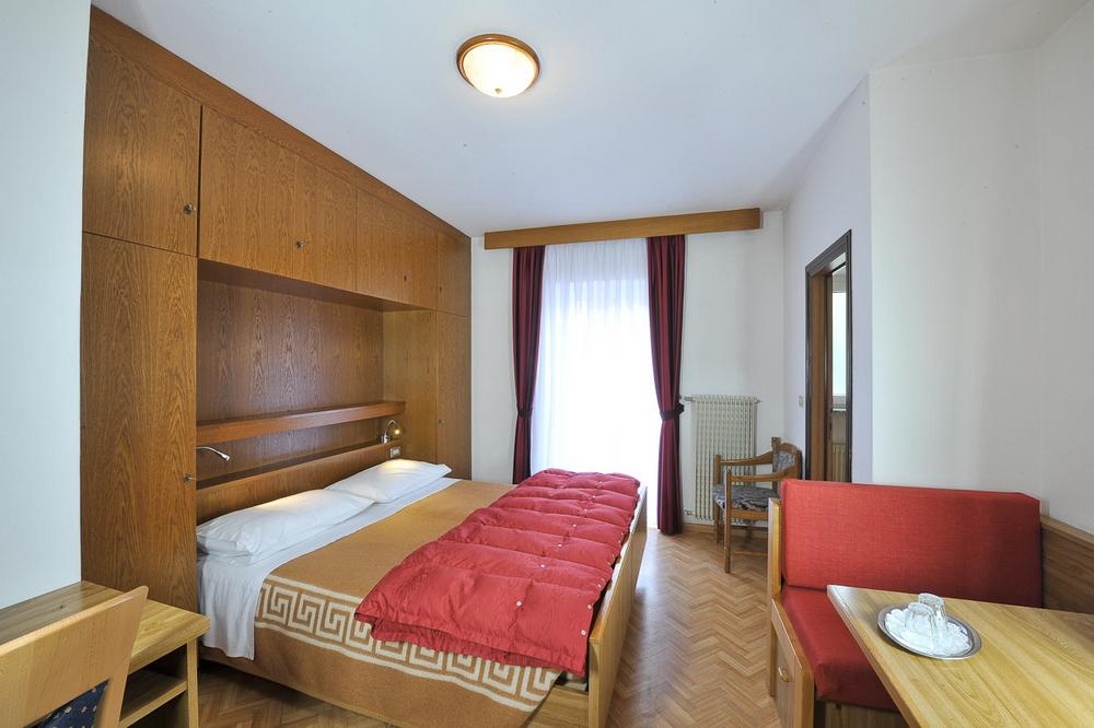 motorradhotels_info_hotel_cristallo_14