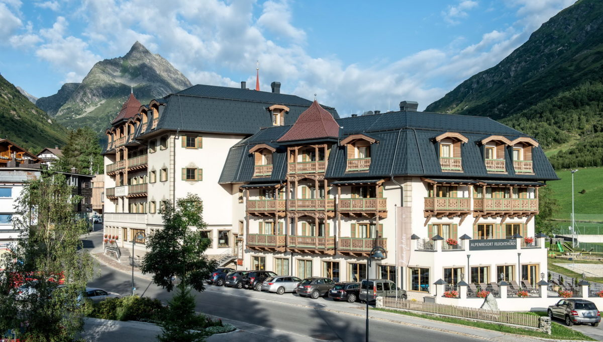 motorradhotels_info_hotel_fluchthorn_01