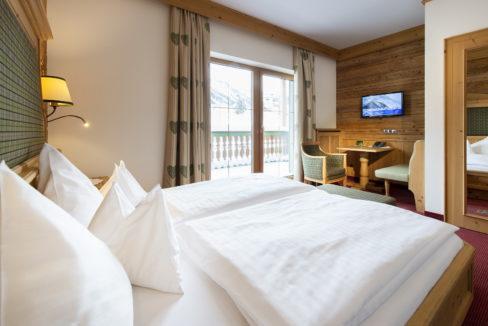 motorradhotels_info_hotel_fluchthorn_15