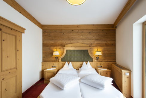 motorradhotels_info_hotel_fluchthorn_21