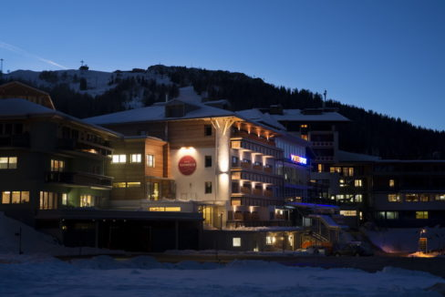 motorradhotels_info_hotel_nassfeld_03