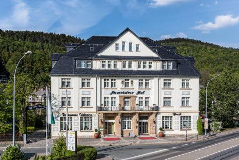 motorradhotels_info_hotel_neustaedter_hof_01