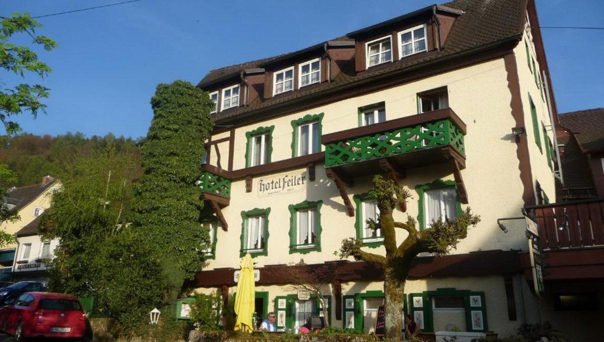 motorradhotels_info_hotel_feiler_01